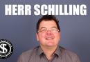 Im Fragenhagel: Herr Schilling